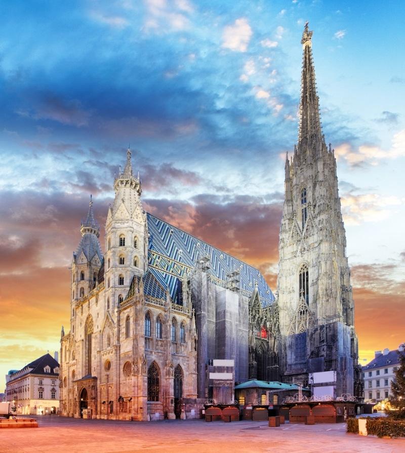 Les tours de la Cathédrale Saint Etienne de Vienne