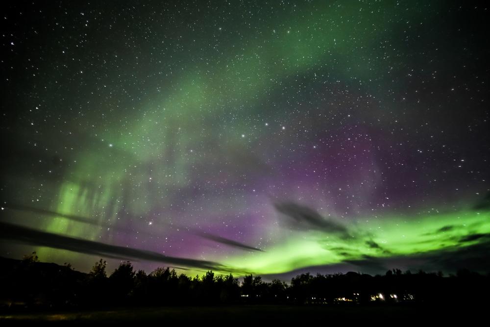 Aurore boréale à Akureyri, Islande