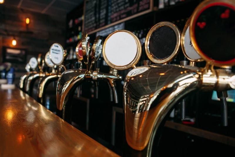 Le parfait endroit où déguster une bière étrangère à Paris