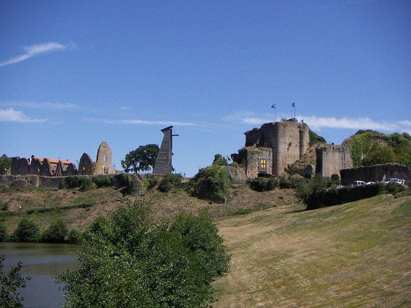Visiter le château de Tiffauges en Vendée
