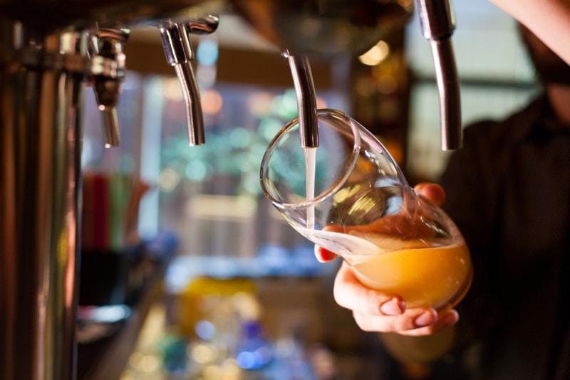 Déguster une biere à Paris tireuse à Pares