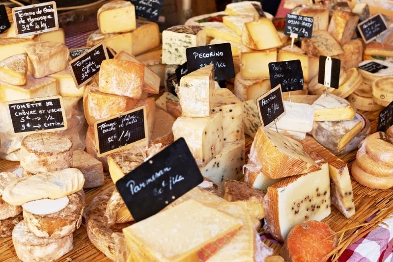 marché gastronomique du Bataclan de Bordeaux / Fromages
