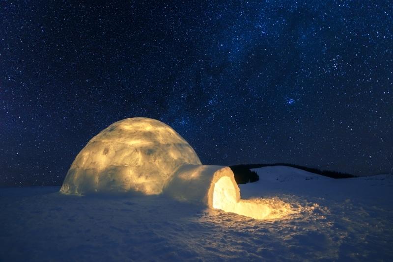 Dormir dans un igloo dans les Pyrénées