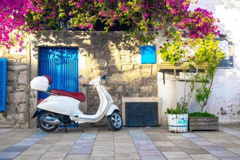 Louer scooter à Paros en Grèce