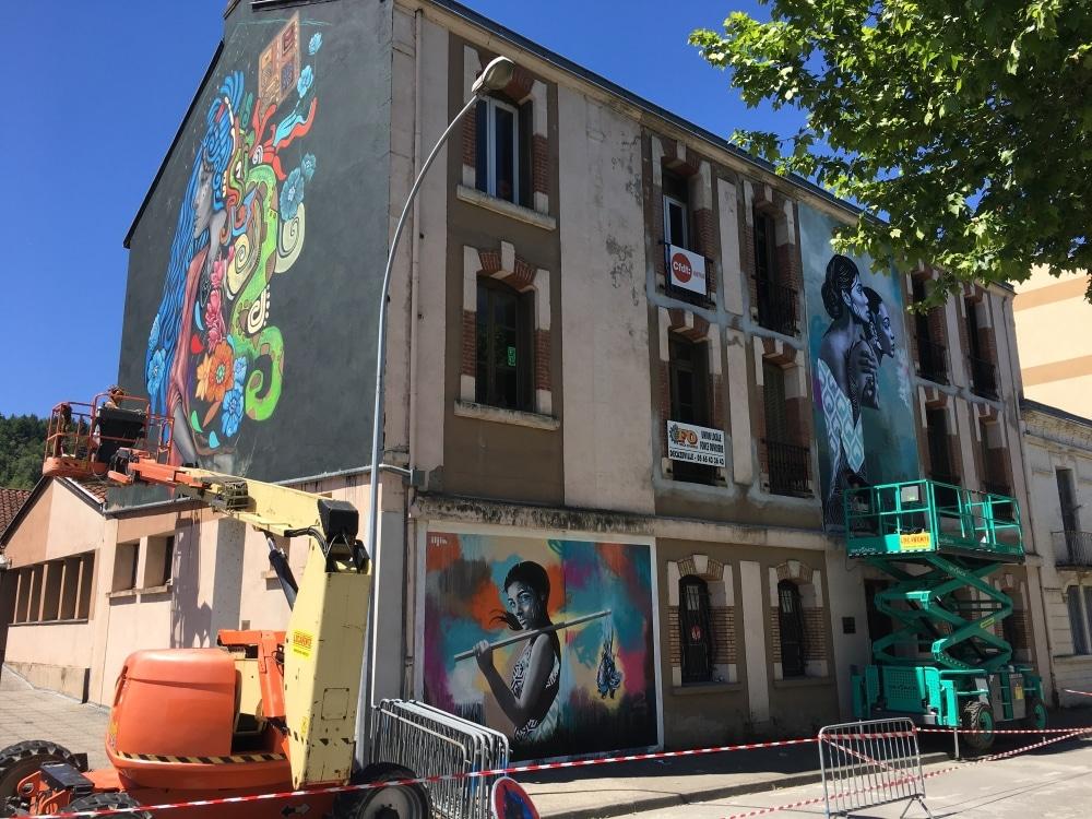 maison peinte street art au festival murs murs aveyron
