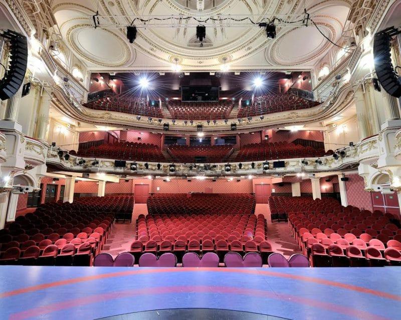 Théâtre Mogador, Paris