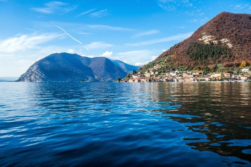 Monte Isola Italie lac et montagnes