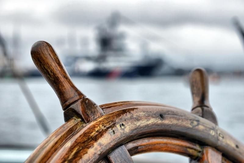 musee naval et folklorique vathy ithaque roue barre voilier