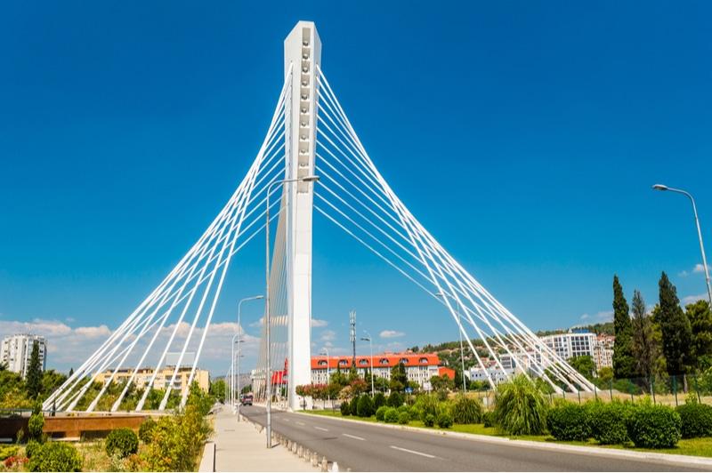 Centre-ville de Podgorica, Pont du Millénium