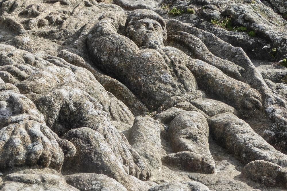 rochers sculptes de bretagne abbe fourre