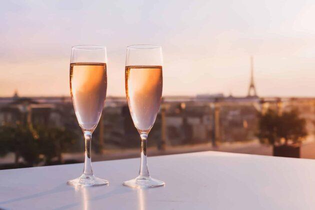 Les 12 meilleurs rooftops où boire un verre à Paris