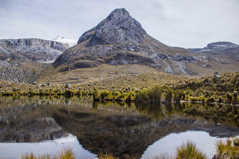 Sierra Navada de cucoy montagnes andes