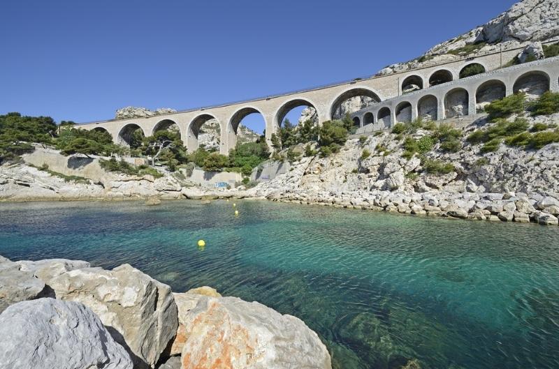Viaduc de l'Estaque à Marseille gastronomie