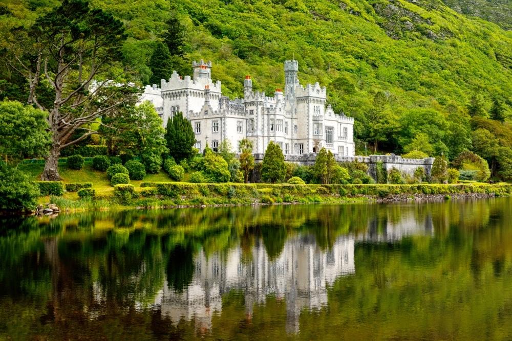 abbaye de kylemore irlande lac