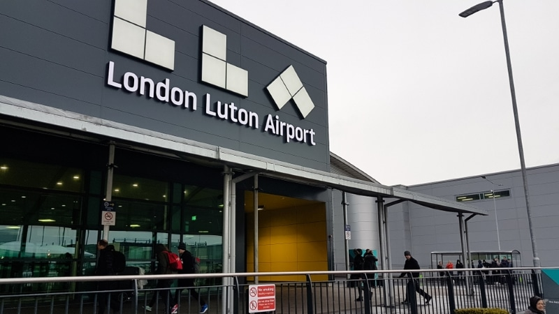 aeroport londres lutton