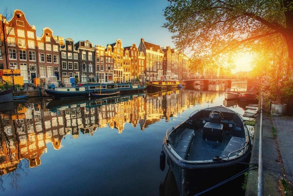amsterdam au pays bas villes les plus écologiques du monde bateau canal