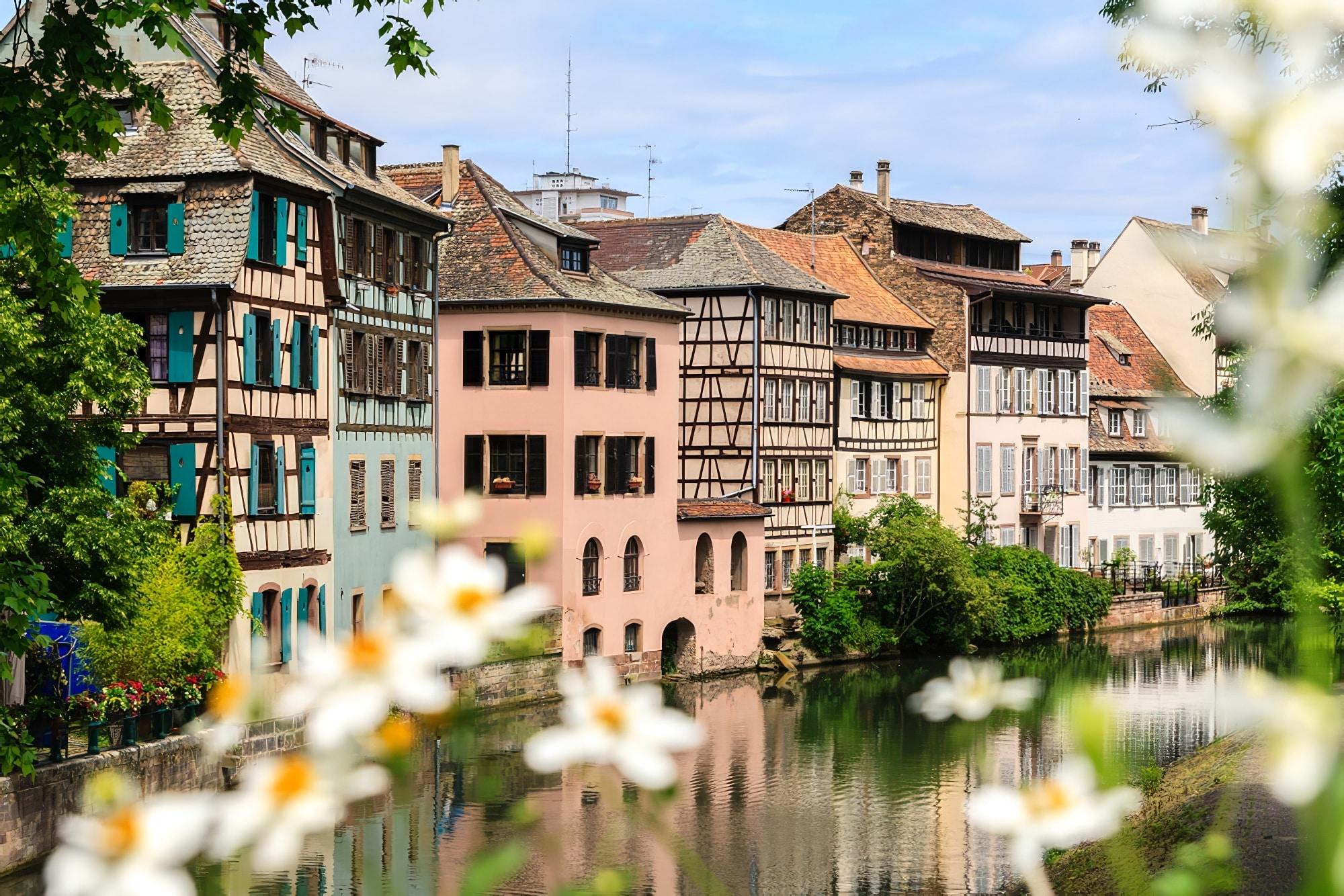 Comment et où louer un camping car autour de Strasbourg ?