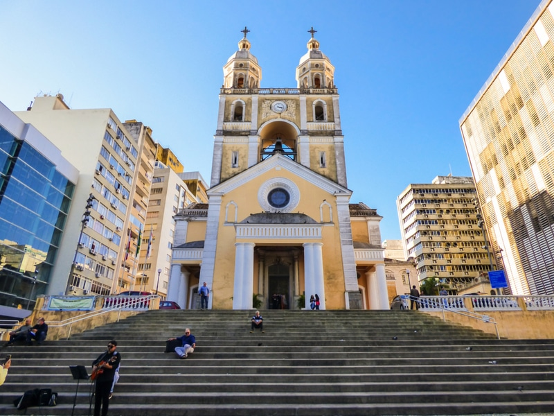Parvis de la cathédrale de Florianopolis