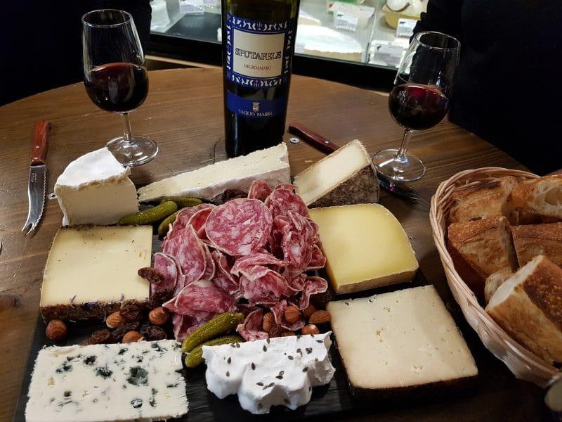 vin et fromage, claque fromage, paris