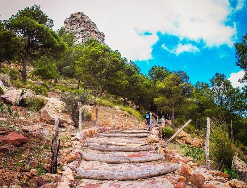 escaliers gourougou randonnee