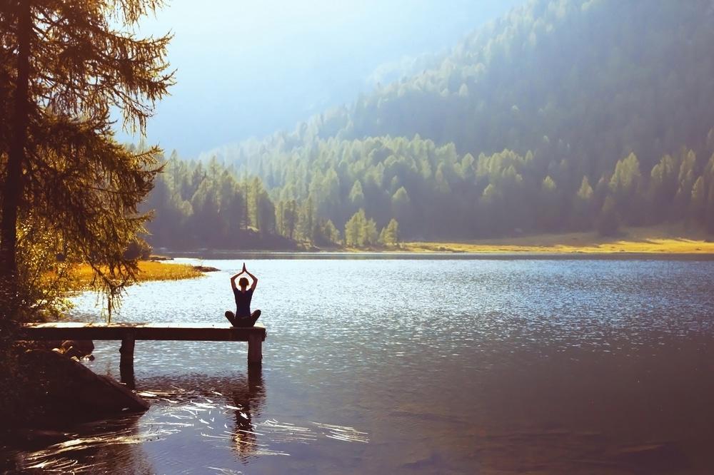 faire du yoga dans les alpes a chambery et les bauges
