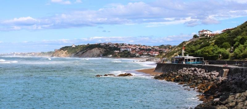 guetary plage dans le pays basque surf