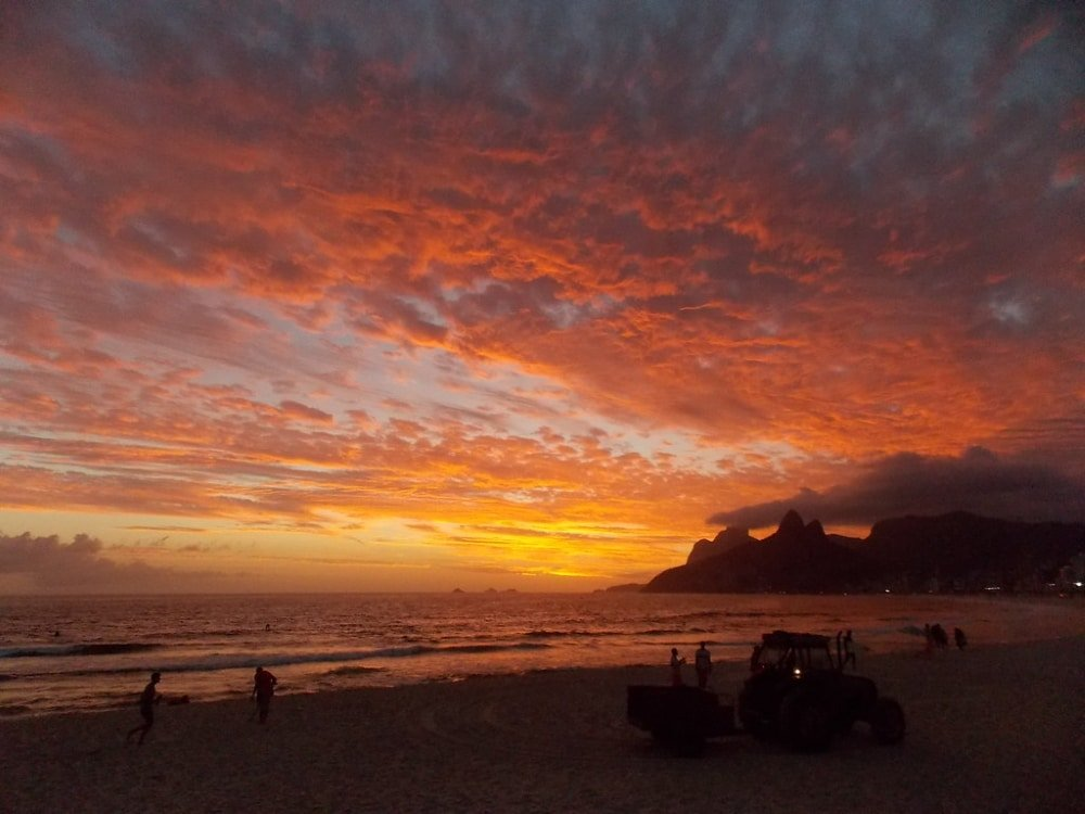 ipanema bresil coucher de soleil