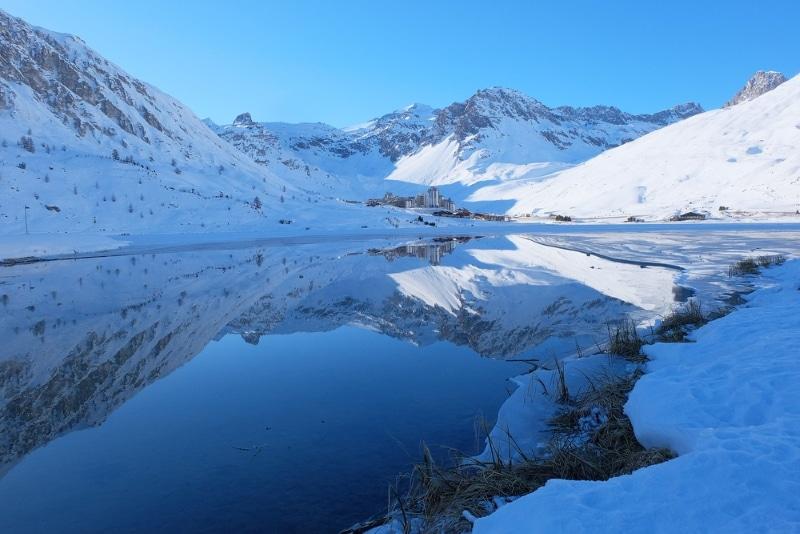 lac de tignes hiver plongee sous glace