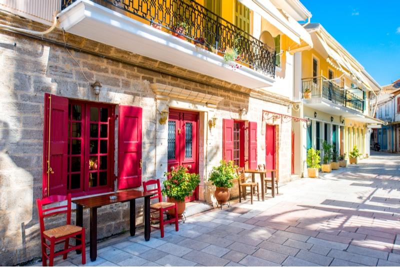 Centre de Lefkada, maisons colorées