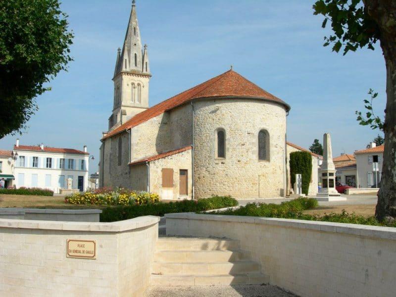 Les Mathes, église