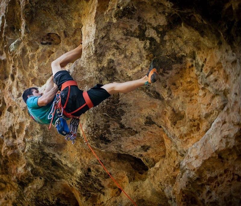 Escalade au rocher de la Muse dans les Gorges du Tarn