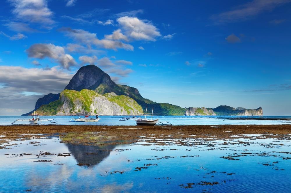 paysage des philippines ile avec reflets bateaux pays ou aller 2020