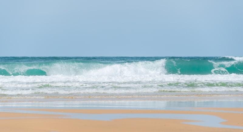 Spot de surf en nouvelle aquitaine : plage du porge vagues