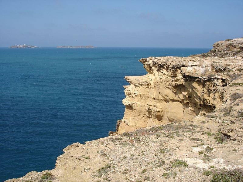 plage ras el ma maroc falaises