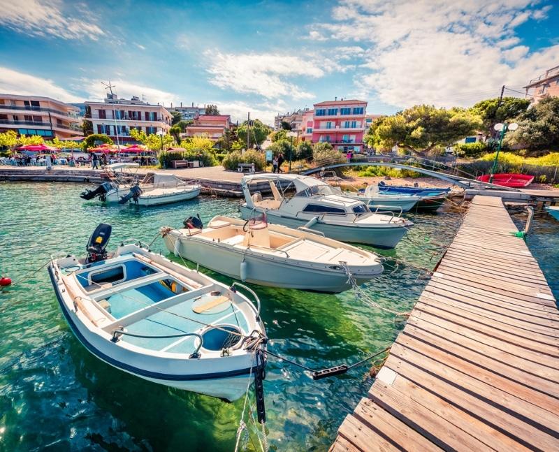 porto rafti grece port bateau