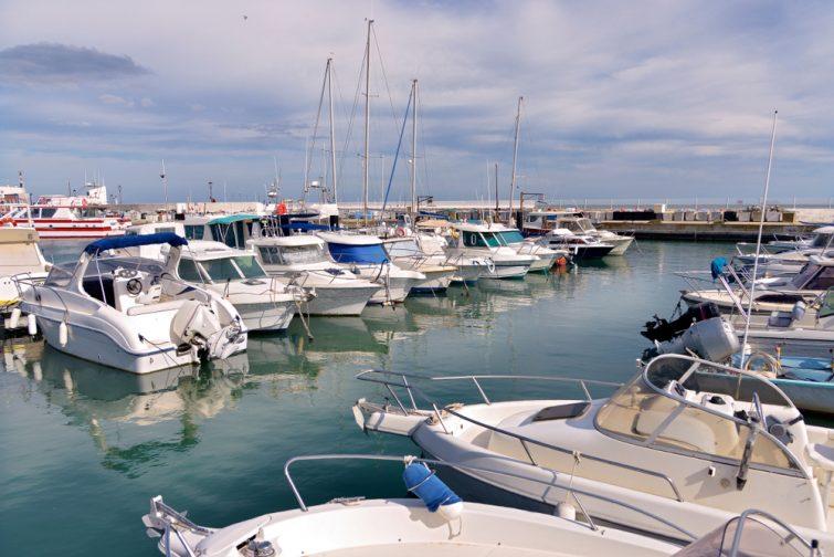Port de Saintes-Maries-de-la-Mer