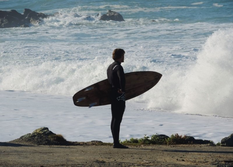 surfeur plage a anglet