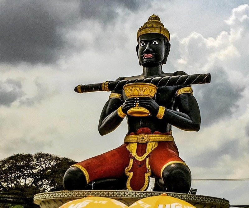 Statue de Ta Dumbong, Battambang
