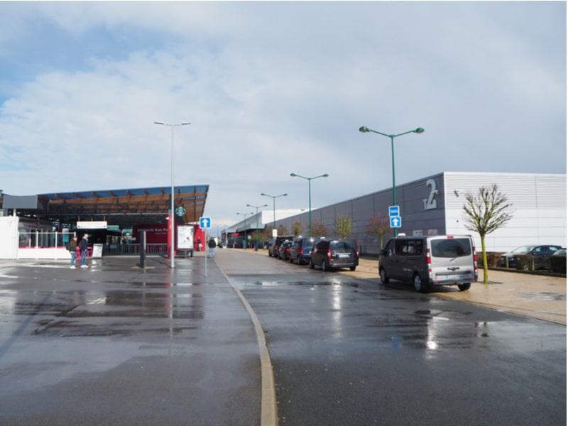 Vtc et taxis à l'aéroport de Beauvais