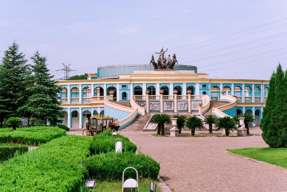 tianduchang chine reproduction de paris monuments escaliers