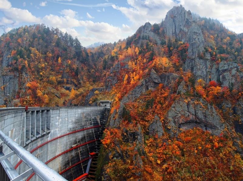 visiter sapporo barrage en automne