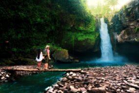 Visiter la cascade de Tegenungan à Bali : la cascade la plus accessible de Bali
