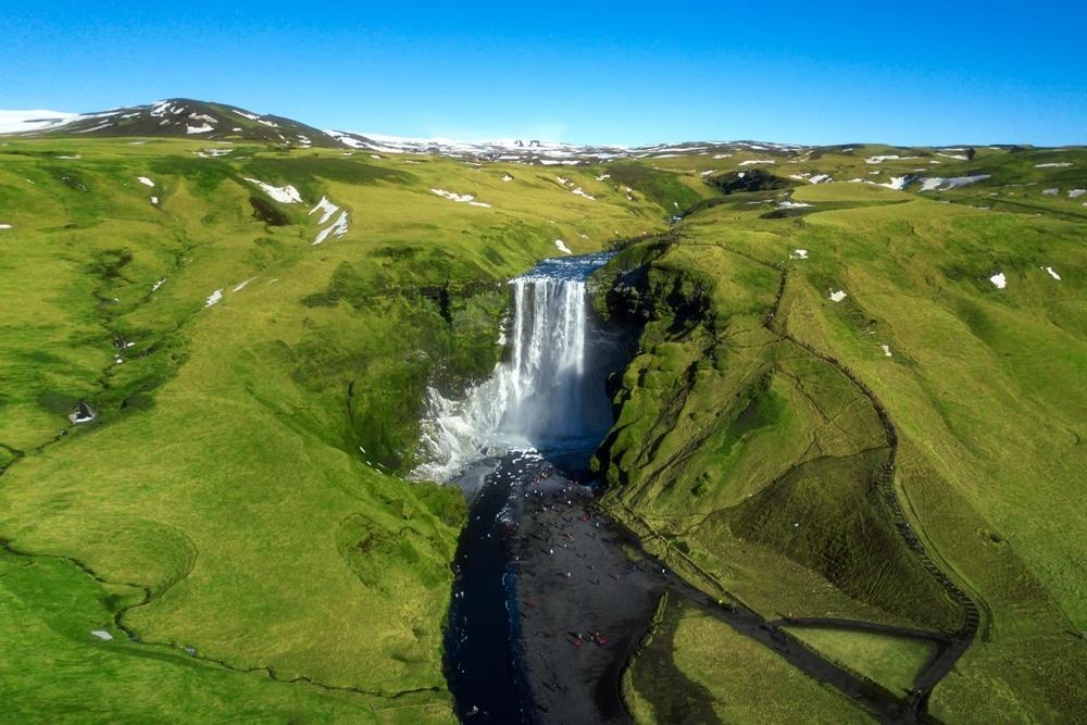 voyager en 2020 choisir l islande chute d eau