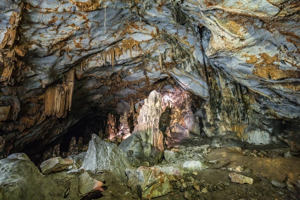 Grotte Agios Ioannis, Iraklia