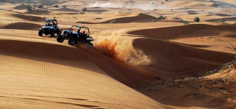 Buggy dans le désert de Dubaï