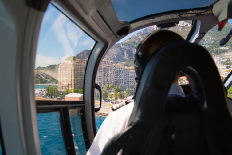 Vol en hélicoptère jusqu'à Monaco