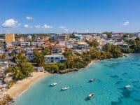 Location de bateau en Guadeloupe : idées d'itinéraires en catamaran ou voilier