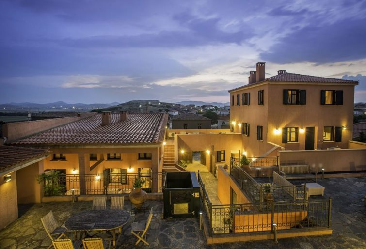 Hôtel à Varos, Lemnos