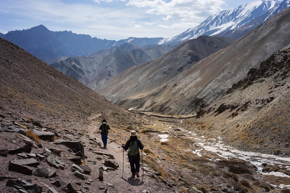 Randonneurs dans la vallée de Markha en Inde
