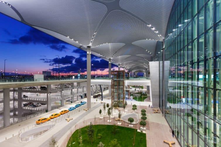 Terminal de l'aéroport d'Istanbul en Turquie